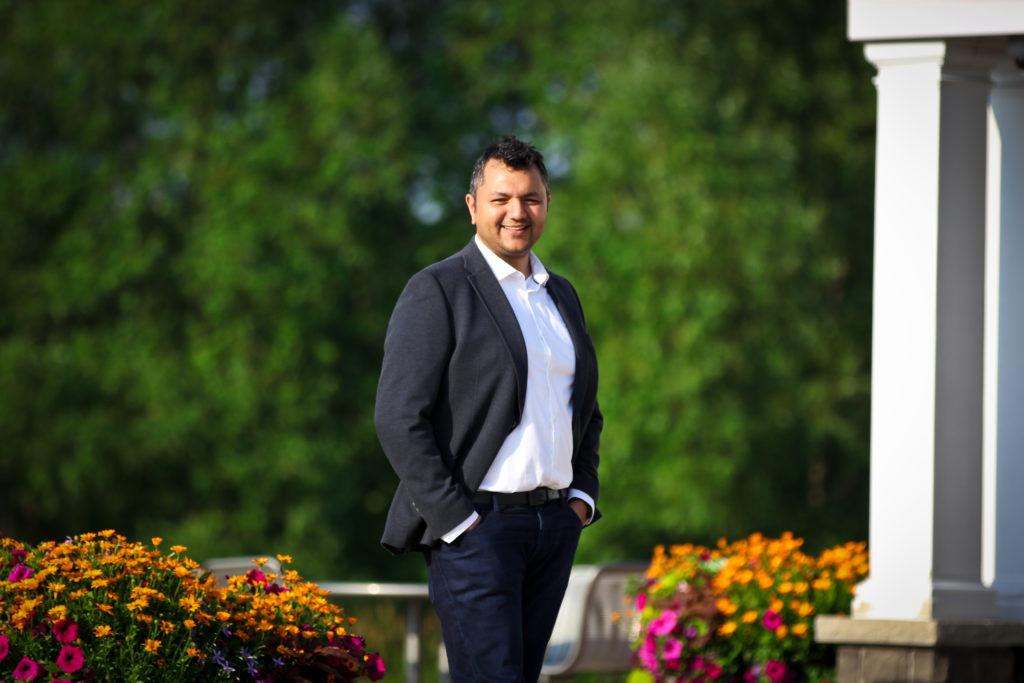 Yasser Khan at the Carruthers Marsh Pavilion