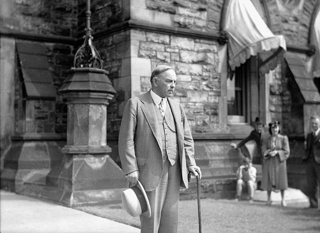Rt. Hon. W.L. Mackenzie King leaving his office after a special emergency session of the Cabinet held shortly after the announcement of Great Britain's declaration of war on Germany
